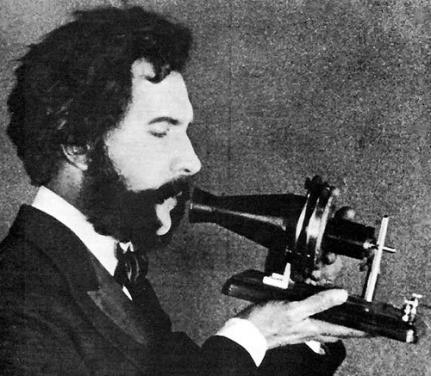 alexander-graham-bell-telephone