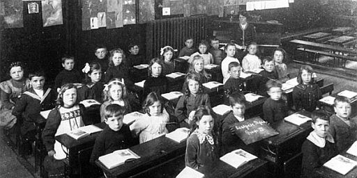 victorian-classroom-children
